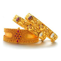 Sell Gold Bangles in Singapore For Cash At High Price!